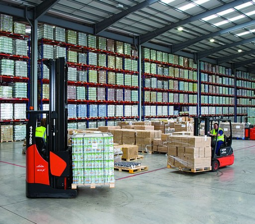 Warehouse pallet racking in Kenley